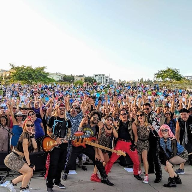 We're with the band.🤟🏽🎸⚡️ Thanks for having us @betamaxxband & @civitacommunity Always a rockin' time!! 💃🏻🔥 . . . . . #dance #dancelife #dancer #dancing #dancers #breaking #bboy #breakdancer #sandiego #promomodels #dancegigs #musicvideo #specialevents #party #nightlife #entertainment #hiphop #choreography #dancevideo #cabaret #jazzfunk #jazz #giglife #brickhousesd #corporateevents