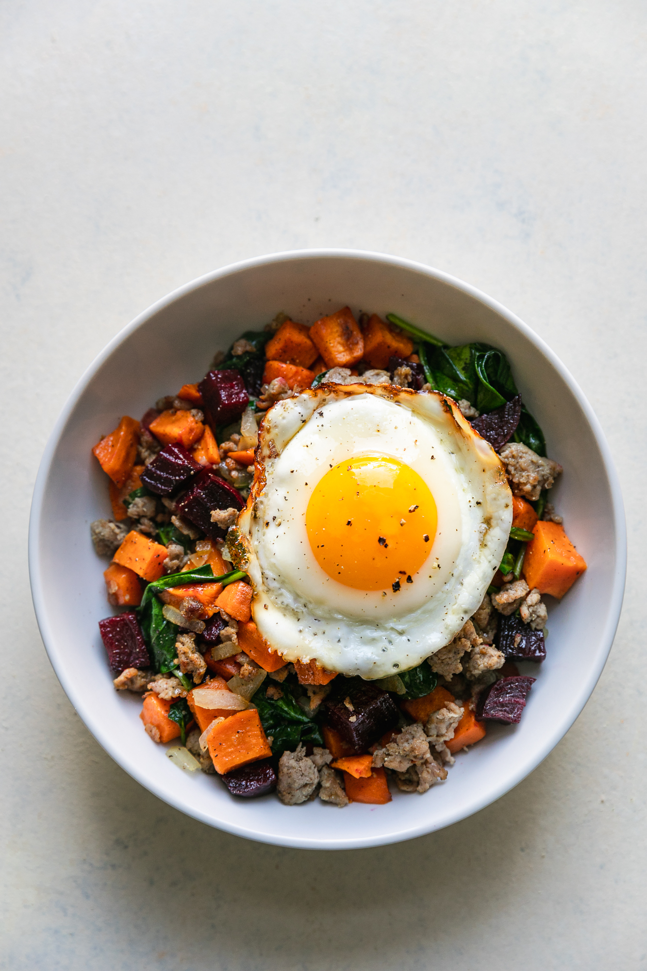 Beet That Hash   Organic Sweet Potatoes, Organic Beets, Pastured Pork Breakfast Sausage, Cage Free Eggs, Organic Rainbow Chard, Onions, Apple Cider Vinegar, Olive Oil   Mint Saged the Day Seasoning   Meal $8.95 | Snack $4.95