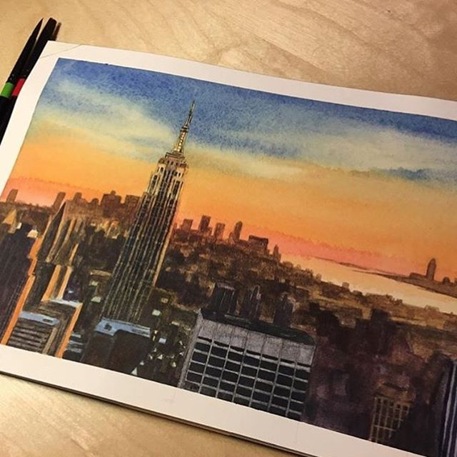 Empire State of Mind 🌇 . . . . . #pleinairpainting #art #watercolor #painting #artistsoninstagram #fineart #nycsketchbook #artstudent #pleinair #artstudentsleague #inktober #inktober2018 #singaporeartist #drawing #painteveryday #sketch #artist #sketchoftheday #illustration #newyorkartist #environmentdesign #newyorkcity #architecture #watercolorist #paint  #empirestate district #cityscape #concretejungle