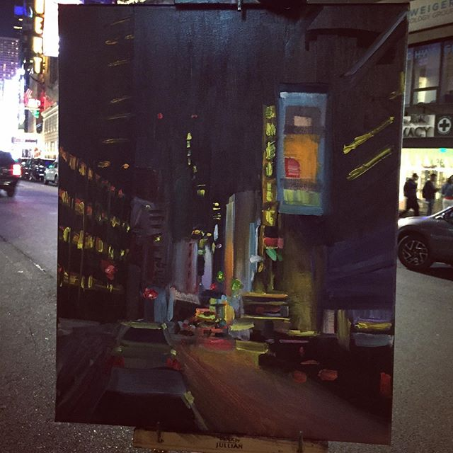 Time square lights! Night plein air in NYC is so exhilarating it puts me in my element 🌃 WHATS UP NEW YORK CITY! . . . . #nyc #timesquare #nycsketchbook #nightpleinair #pleinair #painting #oiloncanvas #contemporaryart #contemporaryrealism #modernart #newyorkartist #citylife #naturalism #artzoom #nightpainting #dailypaint #paintanyway