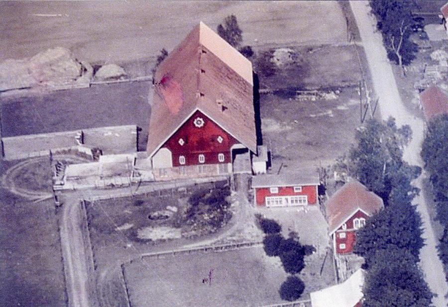 Flygfoton över Esbjörntorp tagna år 1952 eller 1953