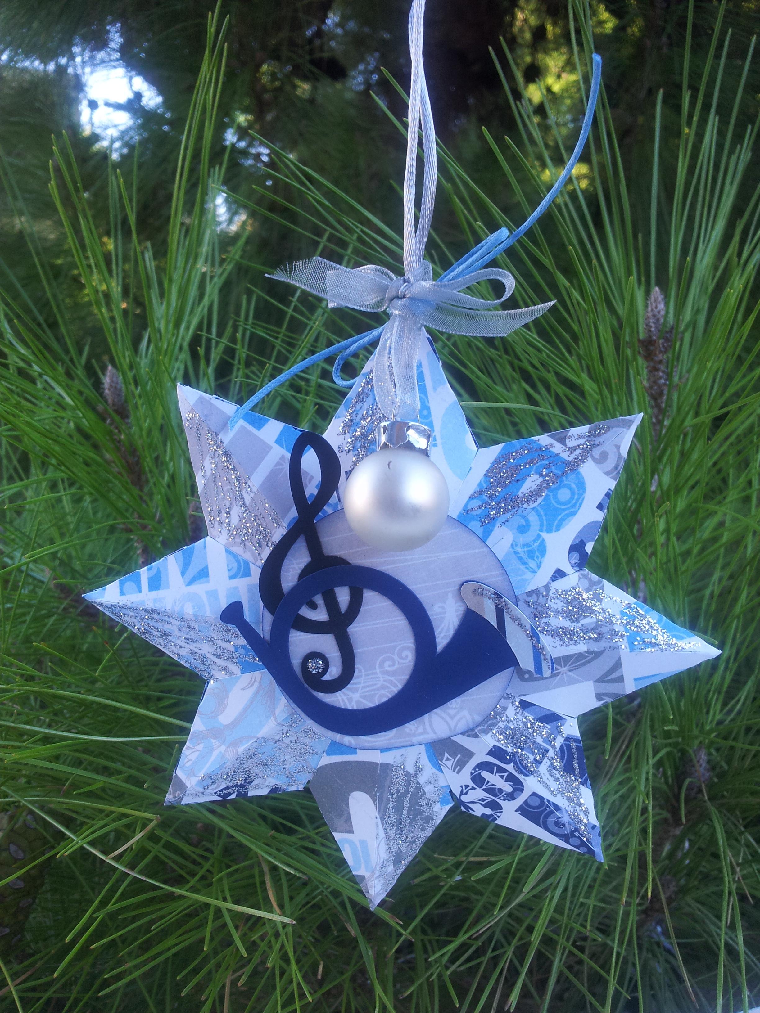 6. Χριστουγεννιάτικο Αστέρι