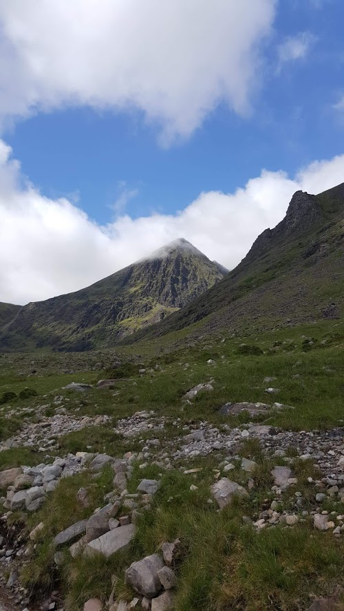 Carrauntoohill from near Cronin's Yard (photo: Alistair)