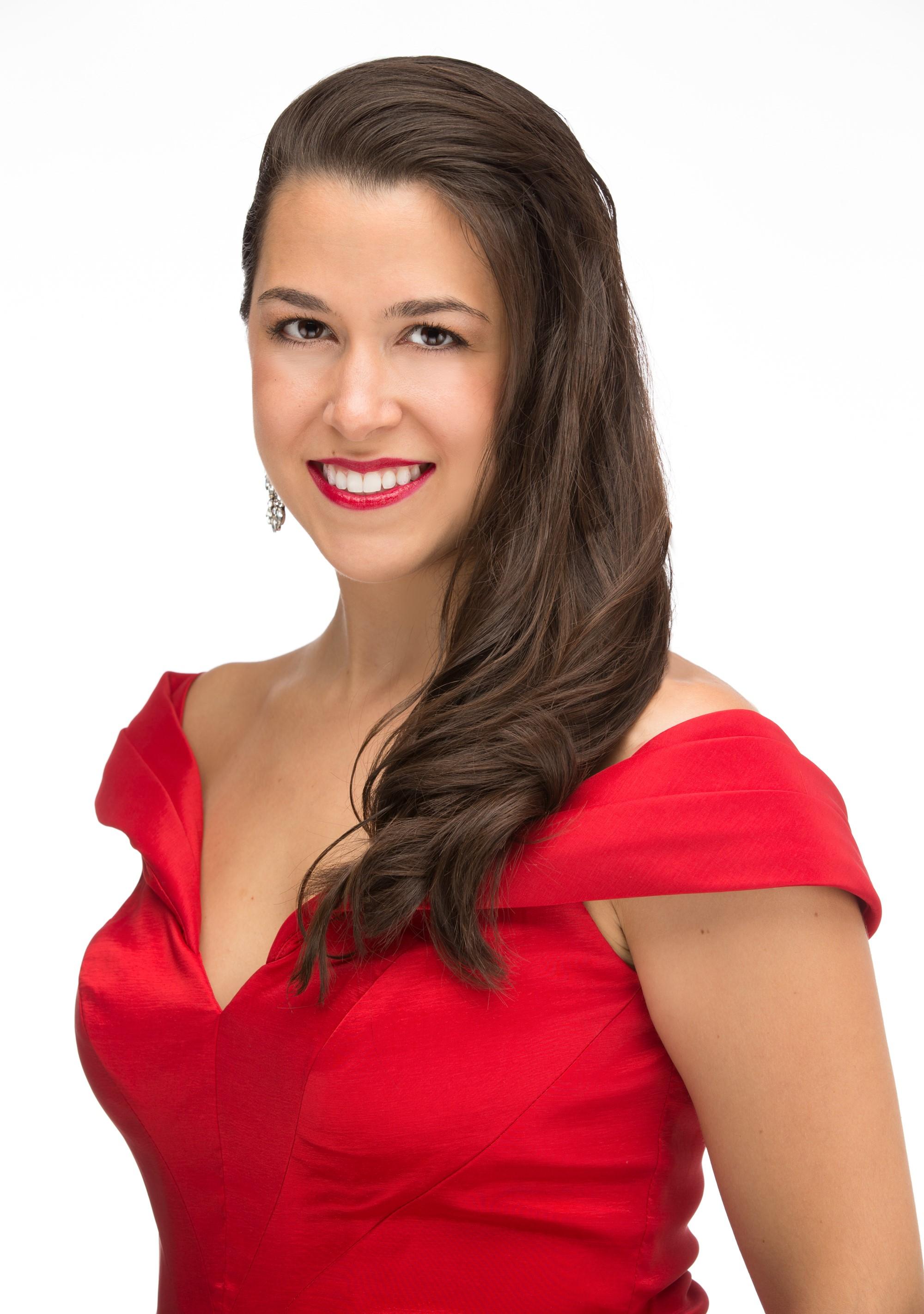 Vanessa Naghdi, soprano