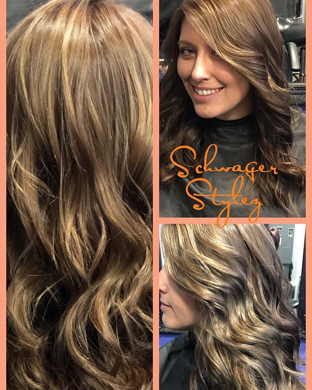 Whaaaaaa!?! Is that her real hair !? A little ash for this beauty... balayage highlights ! #shouldhaveseenherbefore #balayage #balayagedandpainted #balayagehair #balayaged #ashy #stunning #kellieschwager #schwagerstylez #outwiththeold #inwiththenew