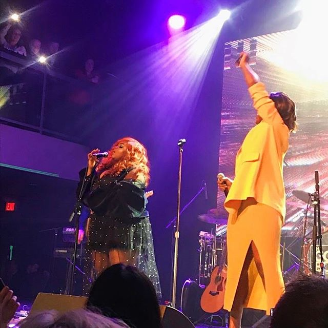 Crazy moment sharing the stage this past weekend with Queen @missjullyblack and performing one of her classics at @thejunoawards afterparty. A moment I will never forget!🧡Thank you to @cbc_music @ent_marketing_ & @theremixproject for having me!🙏🏾🧡 • • • • • • • • • • •  #plussize #plussizemodel #psblogger  #fullfigured #fullfiguredfashion  #EffYourBeautyStandards #goldenconfidence  #plusmodelmag  #plusisequal  #plussizelife  #congolese #congolaise #bodypositive  #recordingartist #redhairdontcare  #singersongwriter #singer #songwriter #torontomusic #newmusic #songwriters  #torontophotography #thejunos #cbc #cbcmusic #junofest #jullyblack #liveperformance #livemusic #playlistlive