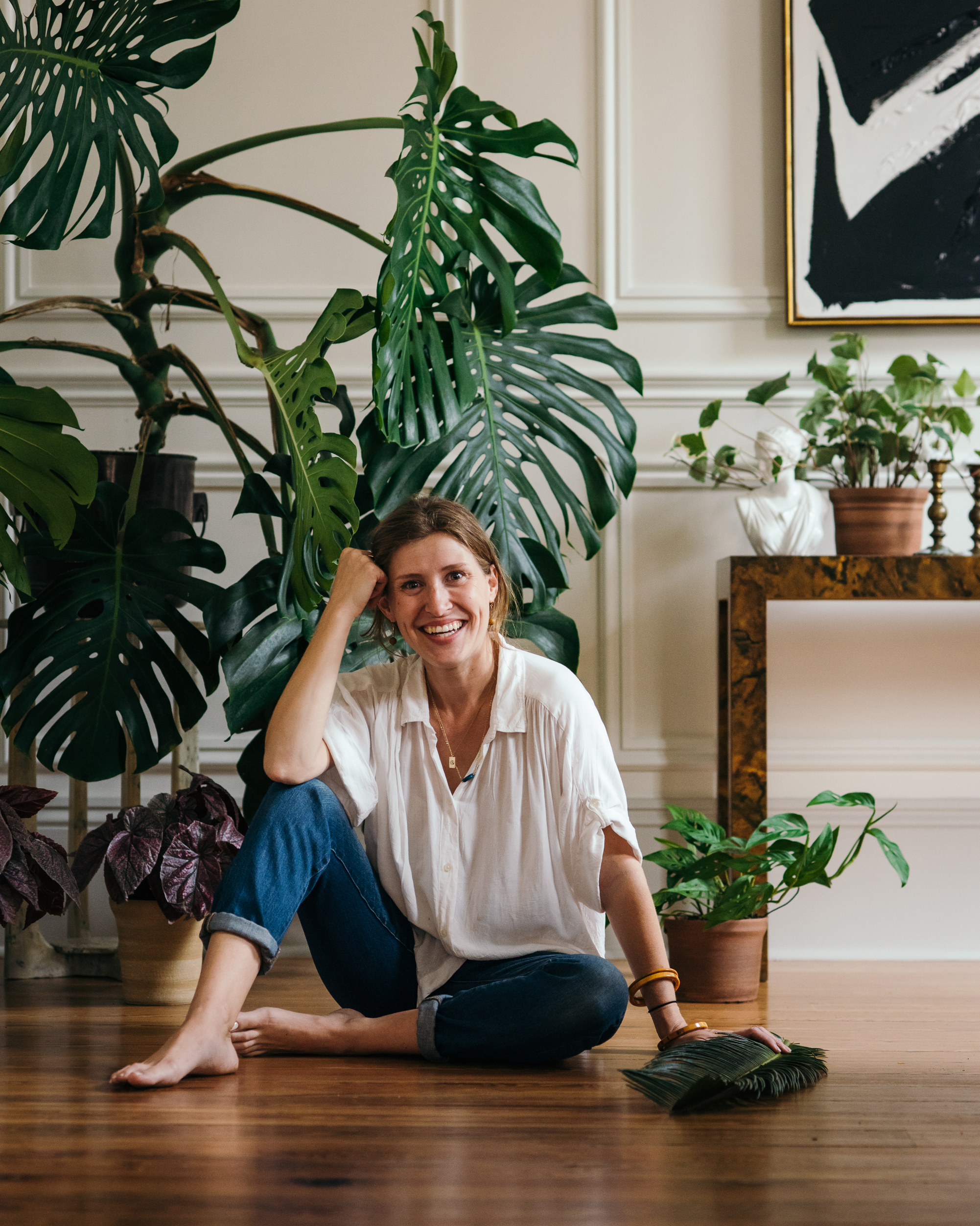 - Originally from South Georgia, Tiny Nest founder Abby Barber grew up surrounded by plants. In the woods where she lived, most days began and ended outdoors covered in dirt.After learning the ropes in greenhouses of great-grandmothers and gardens of her grandfather, she traveled to work in Southern California and Northern New Mexico where she decided working with her hands in the soil is what she wanted to do professionally.She obtained a degree in agriculture, with a focus on sustainability and has been working with plants, indoors and outdoors, for the last 8 years. She currently focuses on beautifying living and workspaces in New Orleans, LA