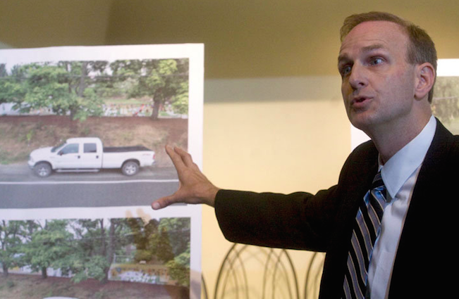 District Attorney Rod Underhill at the August 11 press conference appealing to the public for any sightings of Terri's white truck (source: the Oregonian)