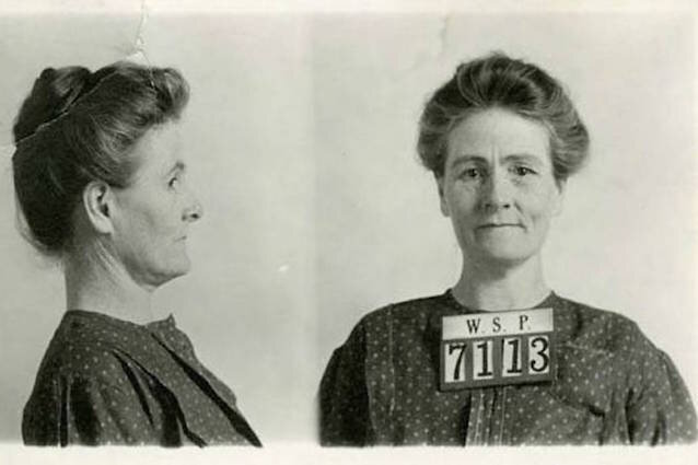 Linda Hazzard's mugshot on her arrest for the murder of Claire Williamson (source: Smithsonian.com, Beth Lovejoy)