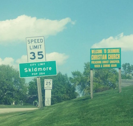 The small farm town of Skidmore is located in Nodaway County, northwest Missouri.