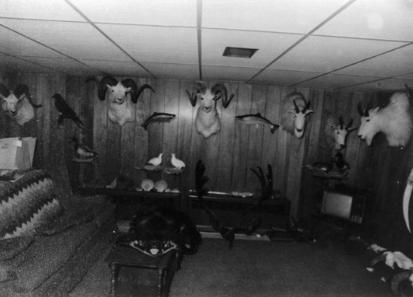 Подвал Хансена, куда он забрал своих жертв после их похищения (источник: butcherbaker.net)