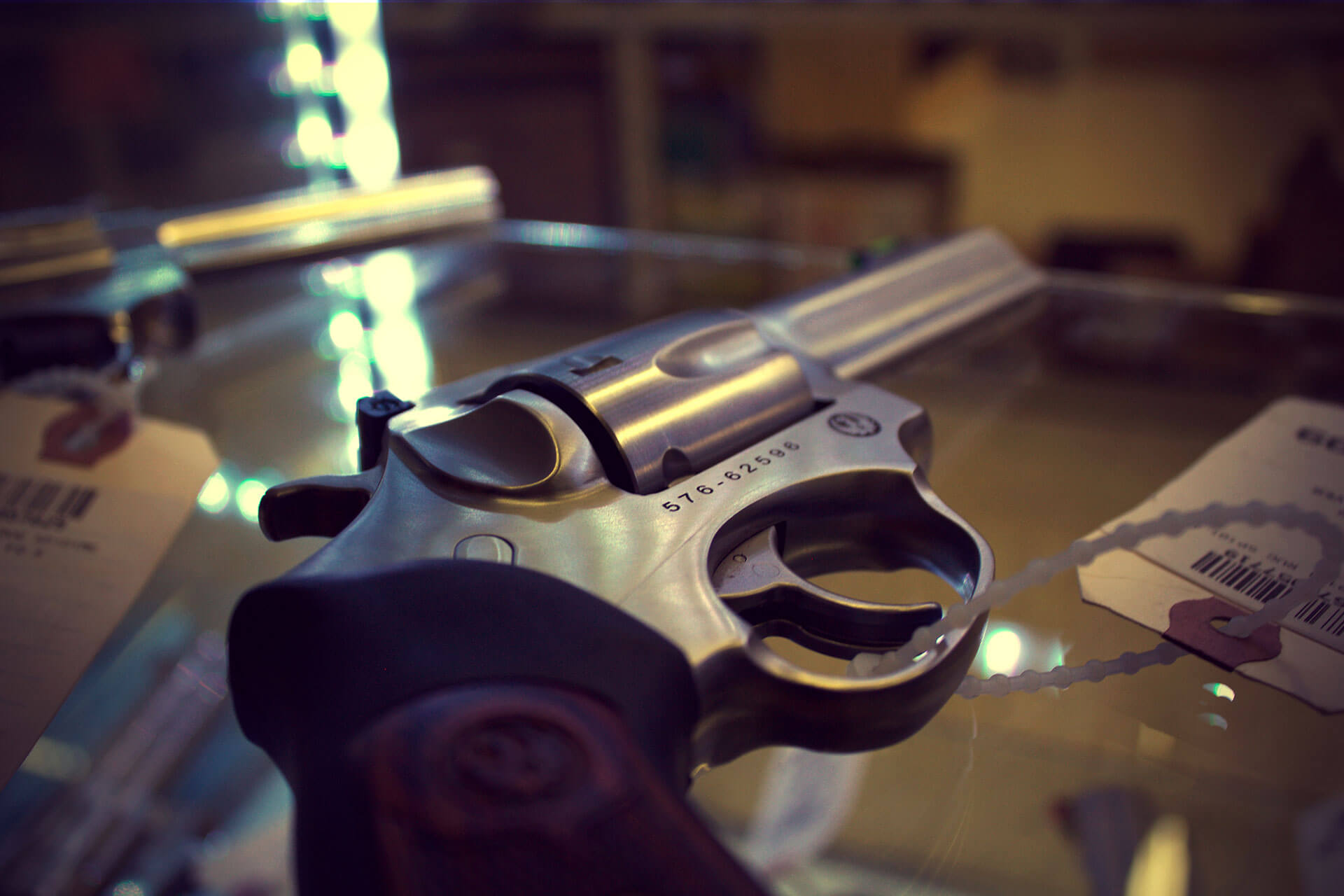 guns-galore_img03.jpg