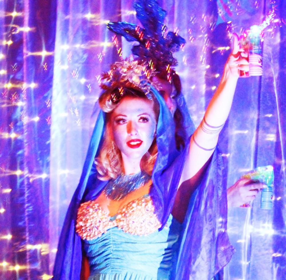 La Fete Fatale - I want MoneyBurlesque Show