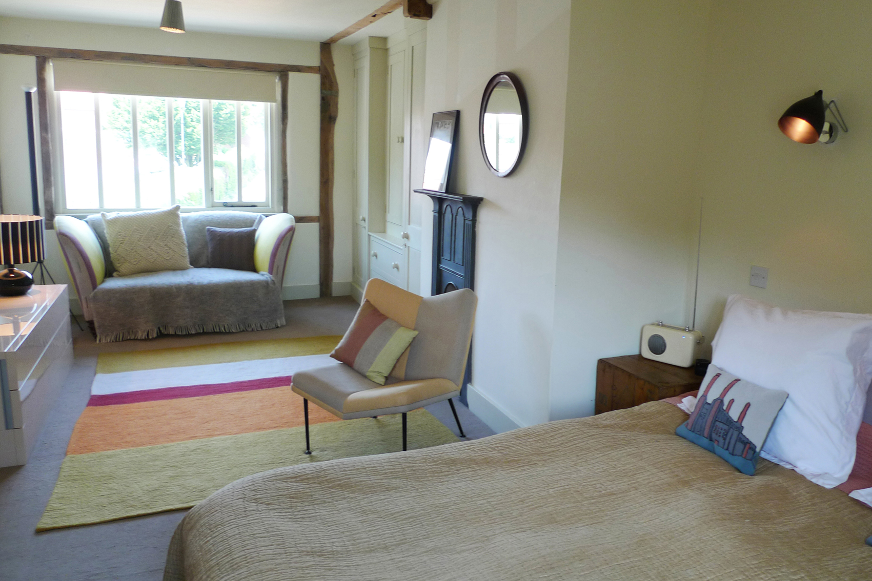 Blofields Room - A long weekend (minimum of three nights) in this room with a 15% discount costs £302 - down from £355 including all breakfasts. This discount can be applied for other days - for example a 3 days mid-week stay would reduce from £345 to £293)