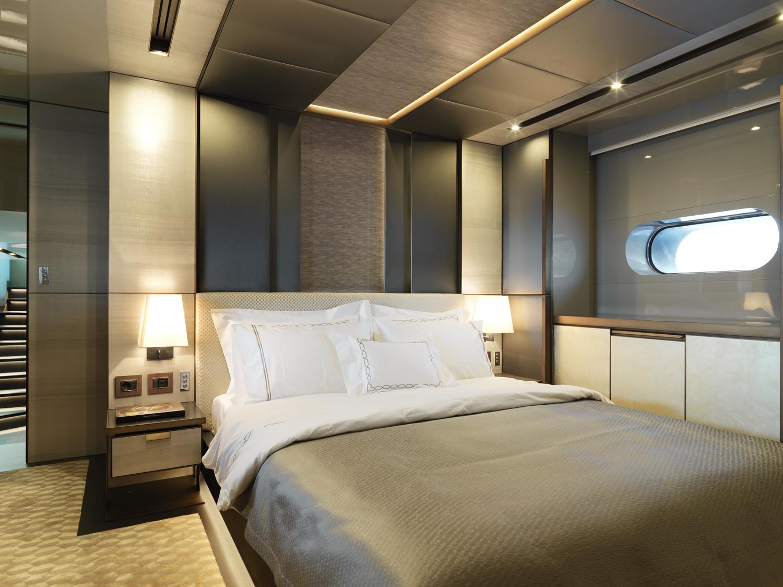 greystone-yacht-interior-2.jpg