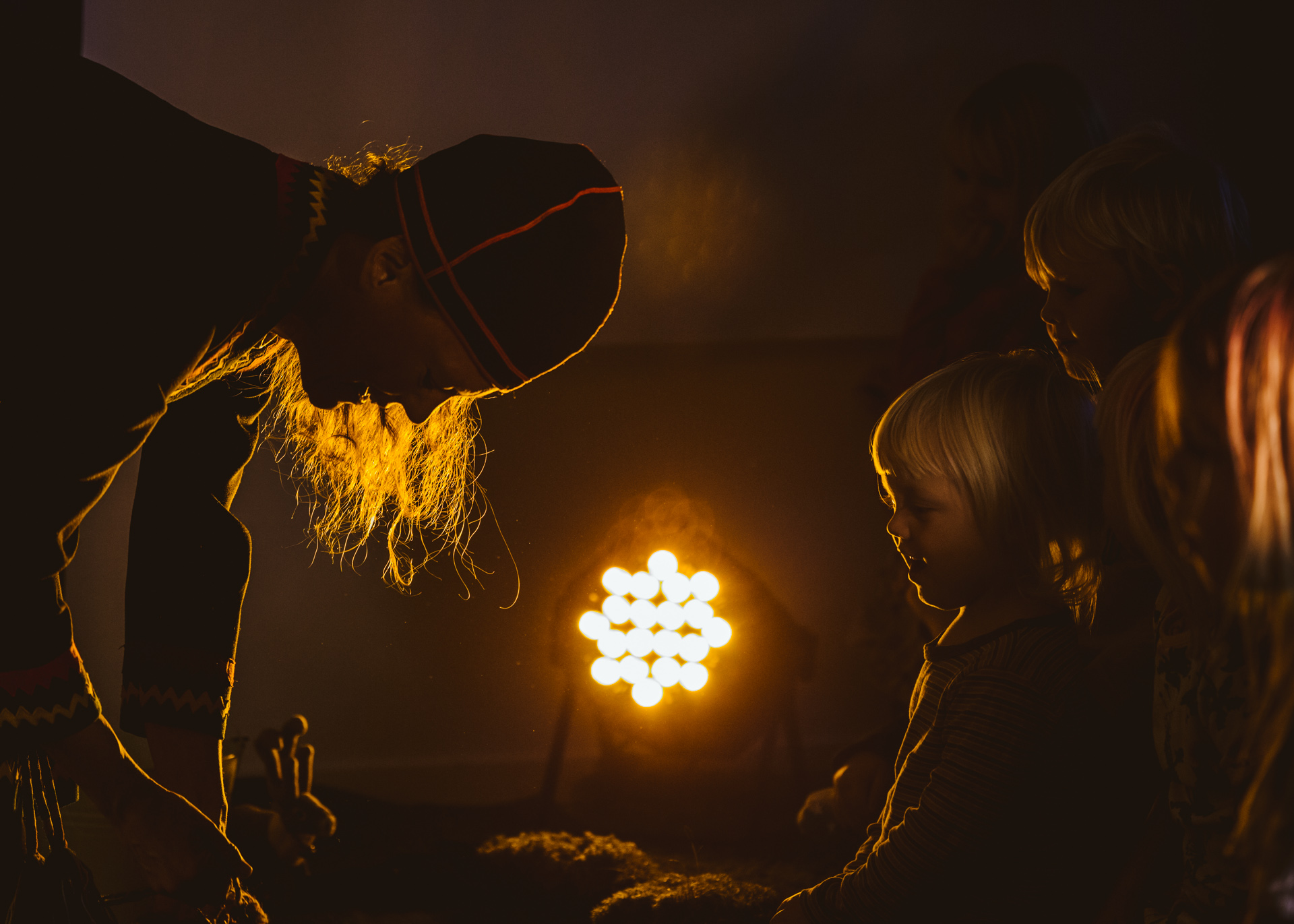 WEB-Elin-Teilus-barn-teater-fotograf-ZitaM--037.jpg