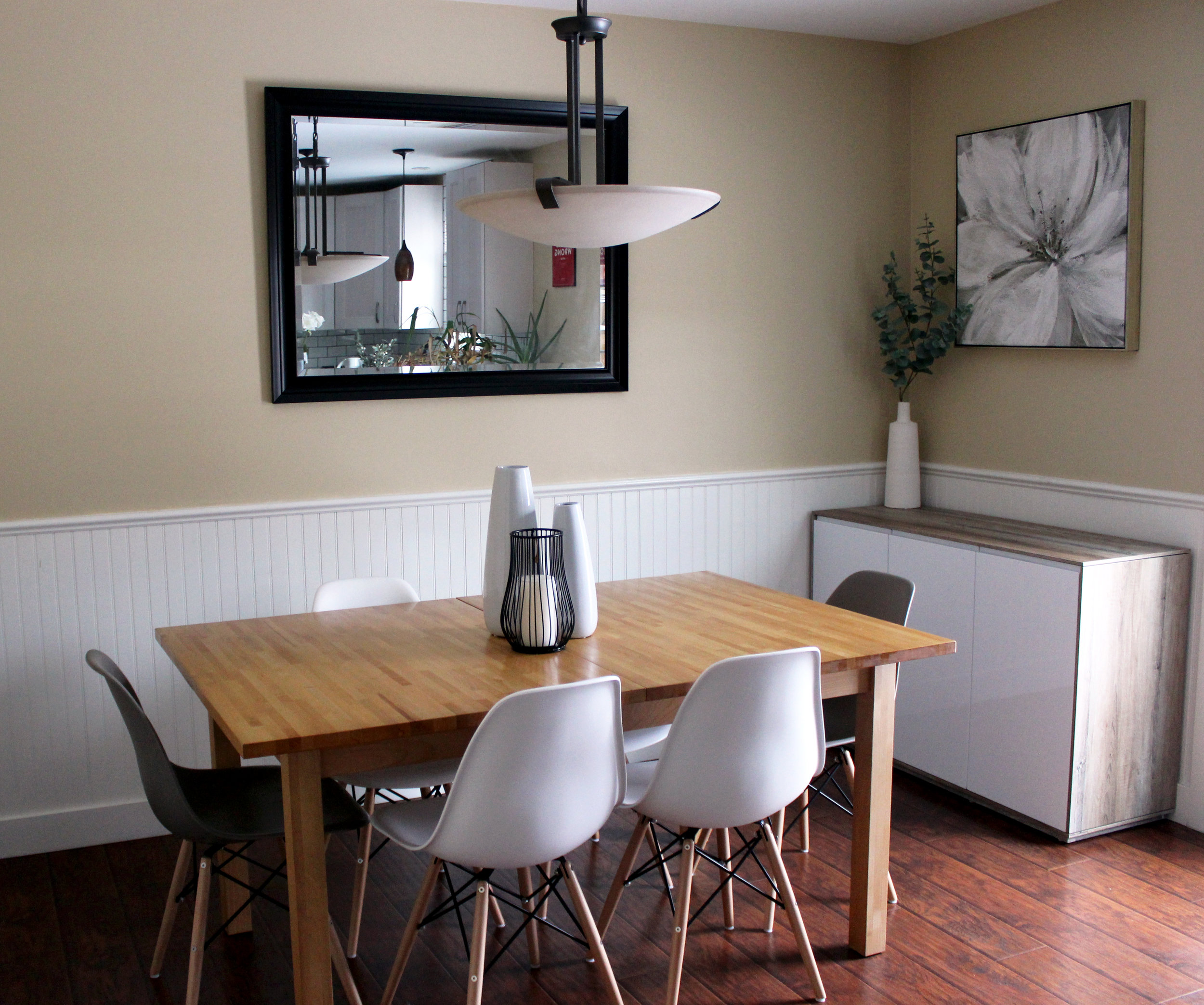 Modern dining room design by Michelle Murphy Interior Design