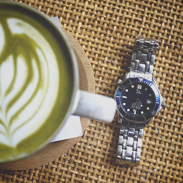 Celebrating the Ganymede Series 01 Kickstarter success with a matcha latte and one of my favorite watches of all time!  #kickstarter #watches #watch #watchesofinstagram #omega #omegaseamaster #matcha #matchalatte #fashion #accessories #time #summer #momonokiatl #atlanta #divewatch