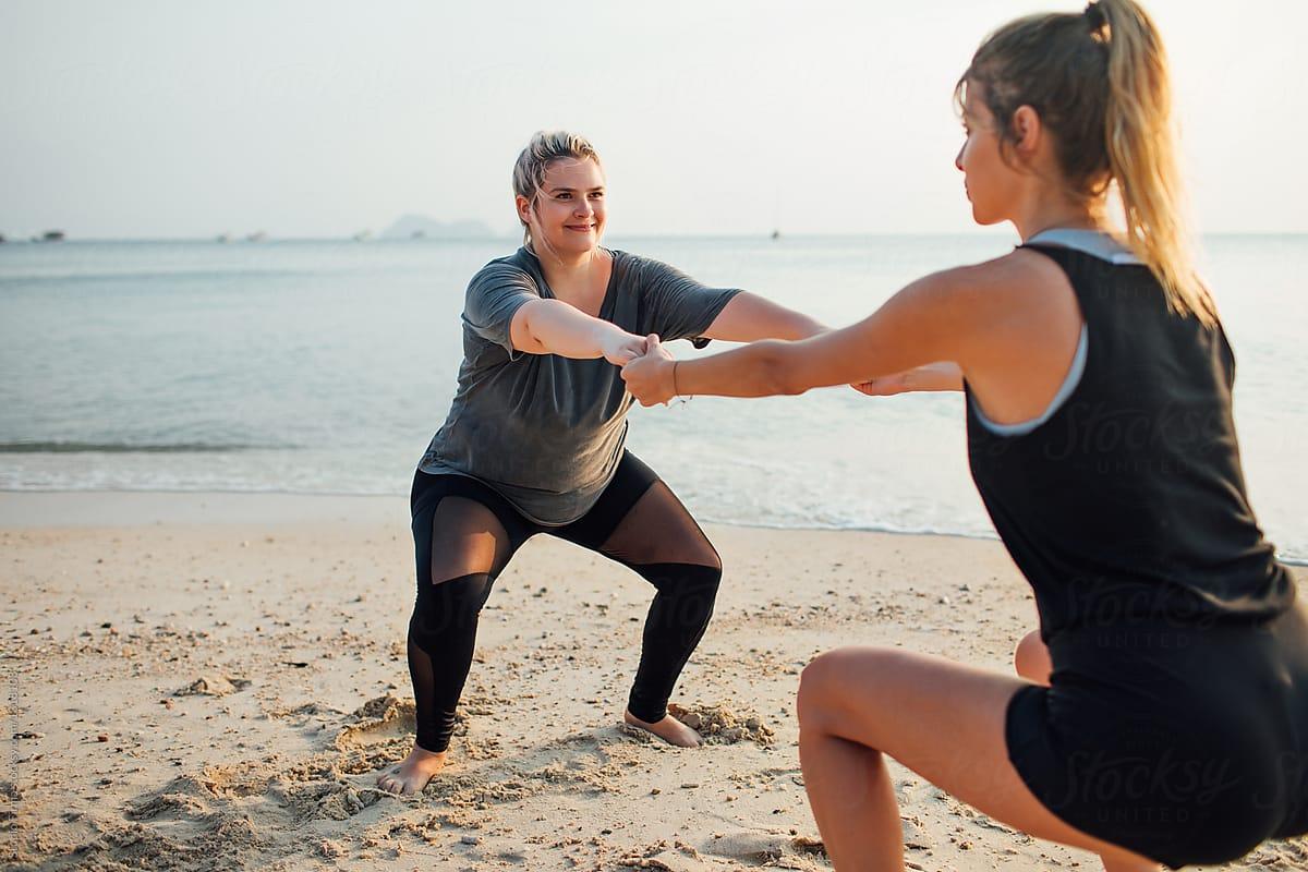 3 STRENGTH MOVES YOU CAN DO ON THE BEACH.jpg