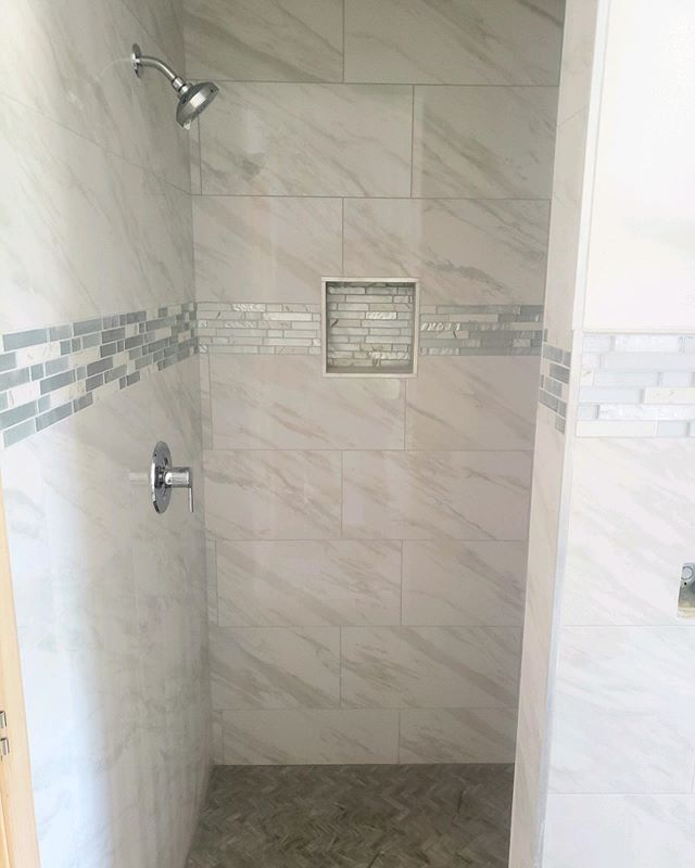Beautiful tile style for a recent master bathroom project. What do you think? - - -⠀⠀⠀⠀⠀⠀⠀⠀⠀ -⠀⠀⠀⠀⠀⠀⠀⠀⠀ -⠀⠀⠀⠀⠀⠀⠀⠀⠀ -⠀⠀⠀⠀⠀⠀⠀⠀⠀ -⠀⠀⠀⠀⠀⠀⠀⠀⠀ -⠀⠀⠀⠀⠀⠀⠀⠀⠀ -⠀⠀⠀⠀⠀⠀⠀⠀⠀ #housetour #contemporary #homerenovation #my100yearoldhome #remodel #restoration #Chicagoplumbers #chicagobusinesses #plumbing #newconstruction #modernhome #homedesign #interiordesign #interior123 #happyhome #homelife #luxuryliving #luxury #architecture #modernhouse #smallspacesquad #chicago #chicagobusiness #windycityrehab #realestate #realtorsofchicago #chicagorealestate #fixerupper #hgtv #tilestyle