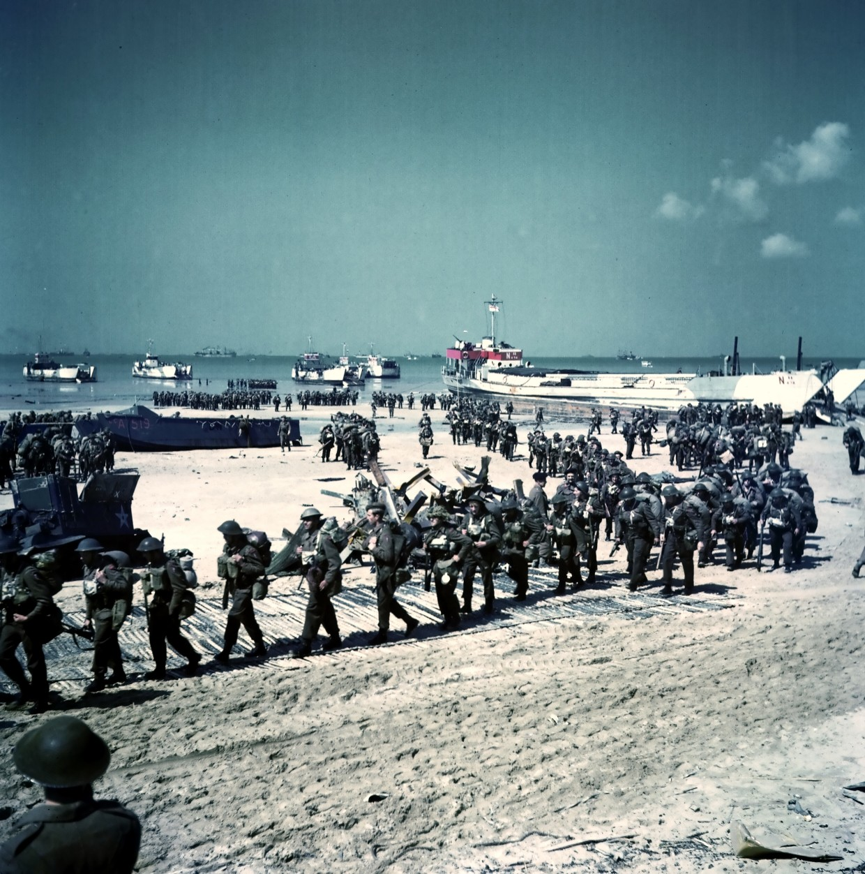 Juno Beach Nan White Sector D Day Soldiers Marching