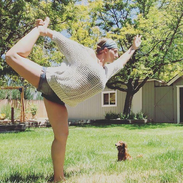 Enjoying the sunshine with my sweet little ween and a little dancer's pose ☀️ . . . #weloveyoga #yogilifestyle #universalintelligence #energyworker #highvibesonly #mindfulnessquotes #selflovecoach #selflovecoaching #anxietydisorderawareness #onlineyoga #gratefulmindset #loveiskey #selfawarenessjourney #vibrationalenergy #theuniversespeaks #sourcemessages #manifestationbabes #selfcaresis #mentalhealthwarriors #anxietyrelief #depressionawareness #anxietyanddepression #selflovery