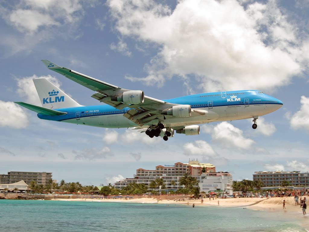 KLM747.jpg