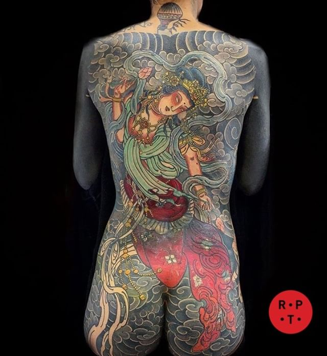 Just a few bits left to do on this back piece by @claudiadesabe ⁣ For tattoos contact info@redpointtattoo.com #claudiadesabe #redpointtattoo #redpointtattoolondon #london #tattoo #japanesetattoo