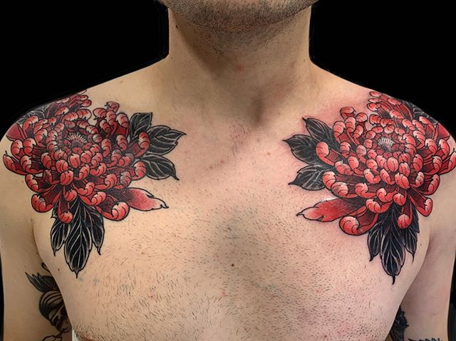 Cover ups for Shaun... left side healed right side fresh. Thank you Shaun for bringing fresh fruits every time and best of luck in the Us of A ! Was good to see you  #claudiadesabe #redpointtattoolondon #blackclaw #blackclawneedle #thesolidink