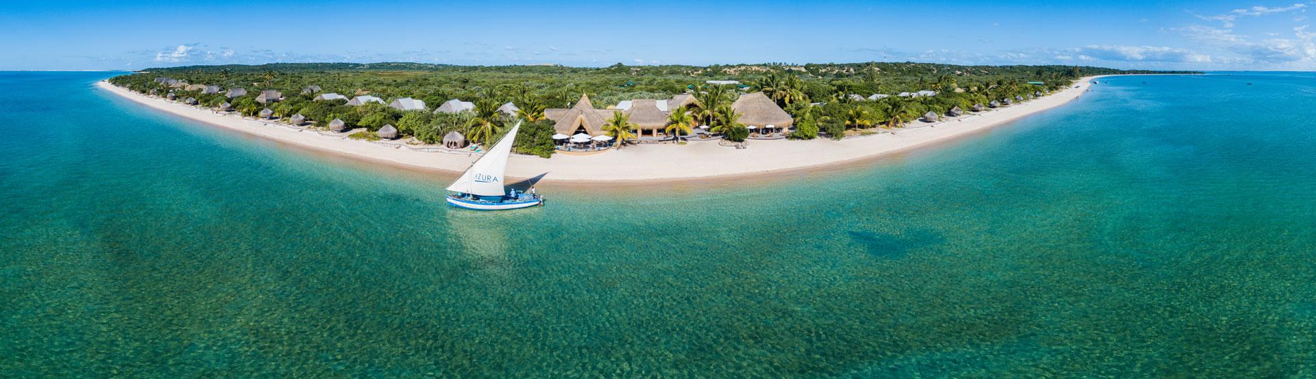 MOZAMBIQUE_Azura Retreats_Azura Benguerra_1.AZURA BENGUERRA  heli view  Scott Ramsay.jpg