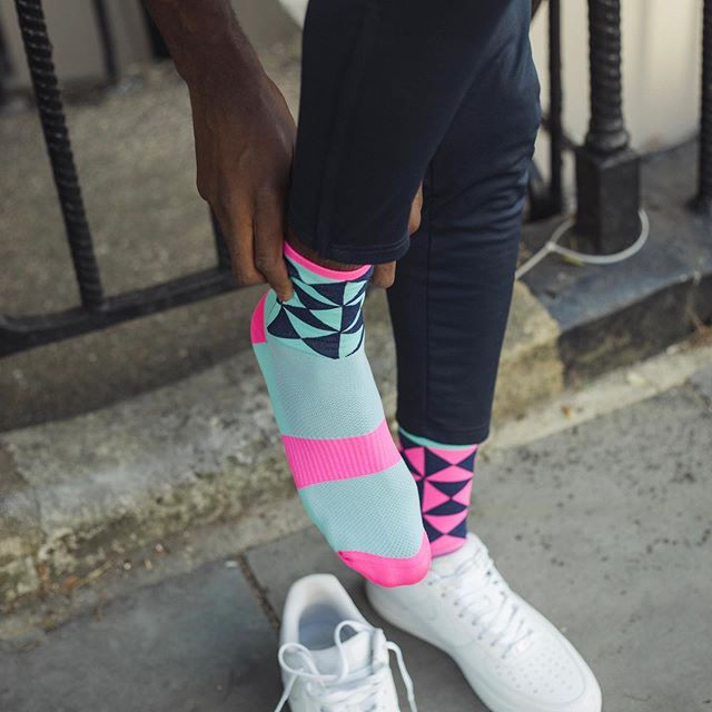 Did we say we love Pink/Turqoiuse! @hadynkn your doctoring skills are wasted, you're not even trying, #pro sock modelling 😂👌!! Visit monkeysox.org and sign up to the newsletter, loads more pics 😃! #sockittoms #model #quality