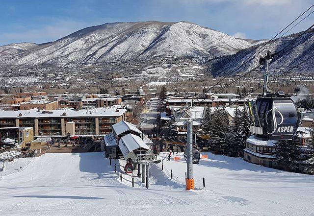 Great days skiing in the US | thx @scottmellin + heidi for having us 🤙  #0degreesfahrenheit #forskiers #kaestleski #fx106HP #fx96HP #thenorthface  #neverstopexploring #FGSG #aspen