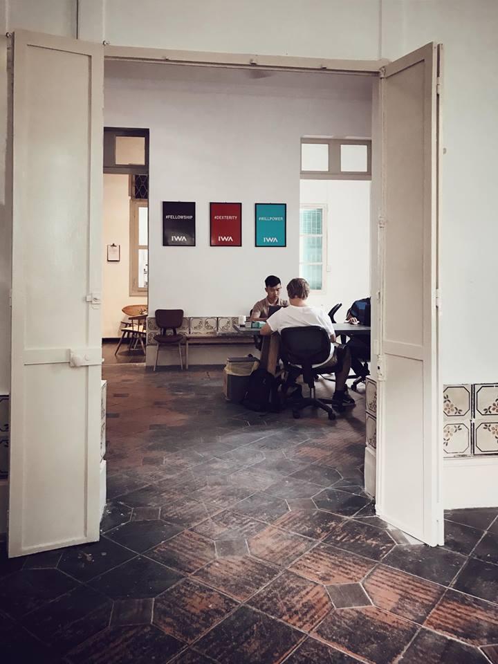 Nếu có dịp, xin mời các bạn ghé thăm văn phòng chúng tôi tại 17 Tú Xương, Phường 6, Quận 3, Thành Phố Hồ Chí Minh nhé