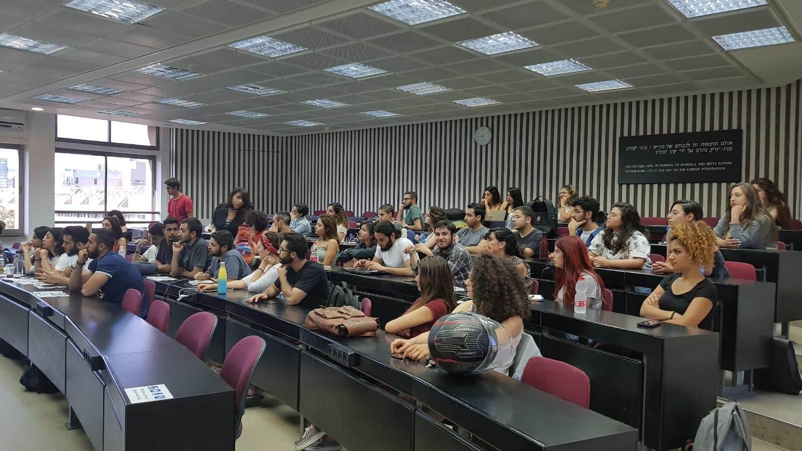 Workshops by Aswat Queer Pogram Arabs in Haifa5.jpg