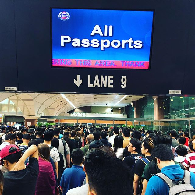 Traveling on National Day weekend requires patience #Singapore