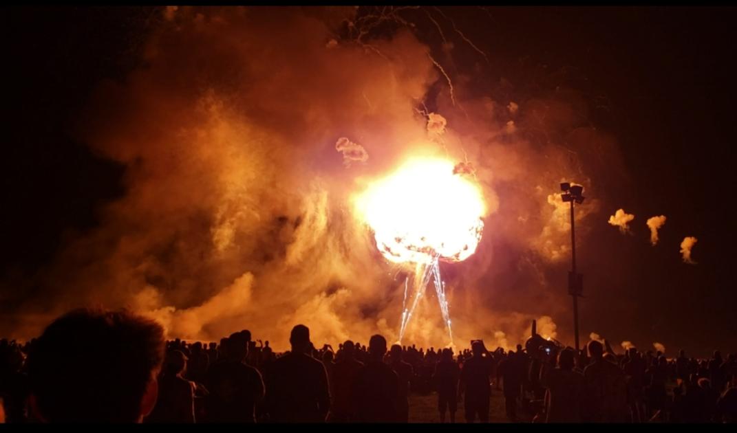 EAA night show fire.jpg