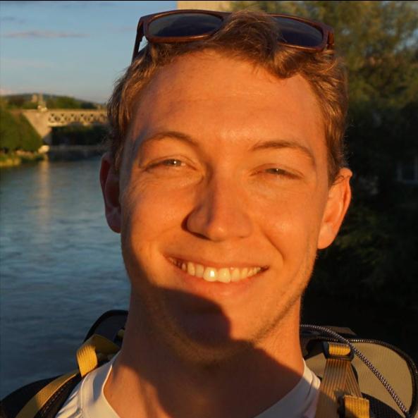 Adam Sauer - Data Analysis Expert