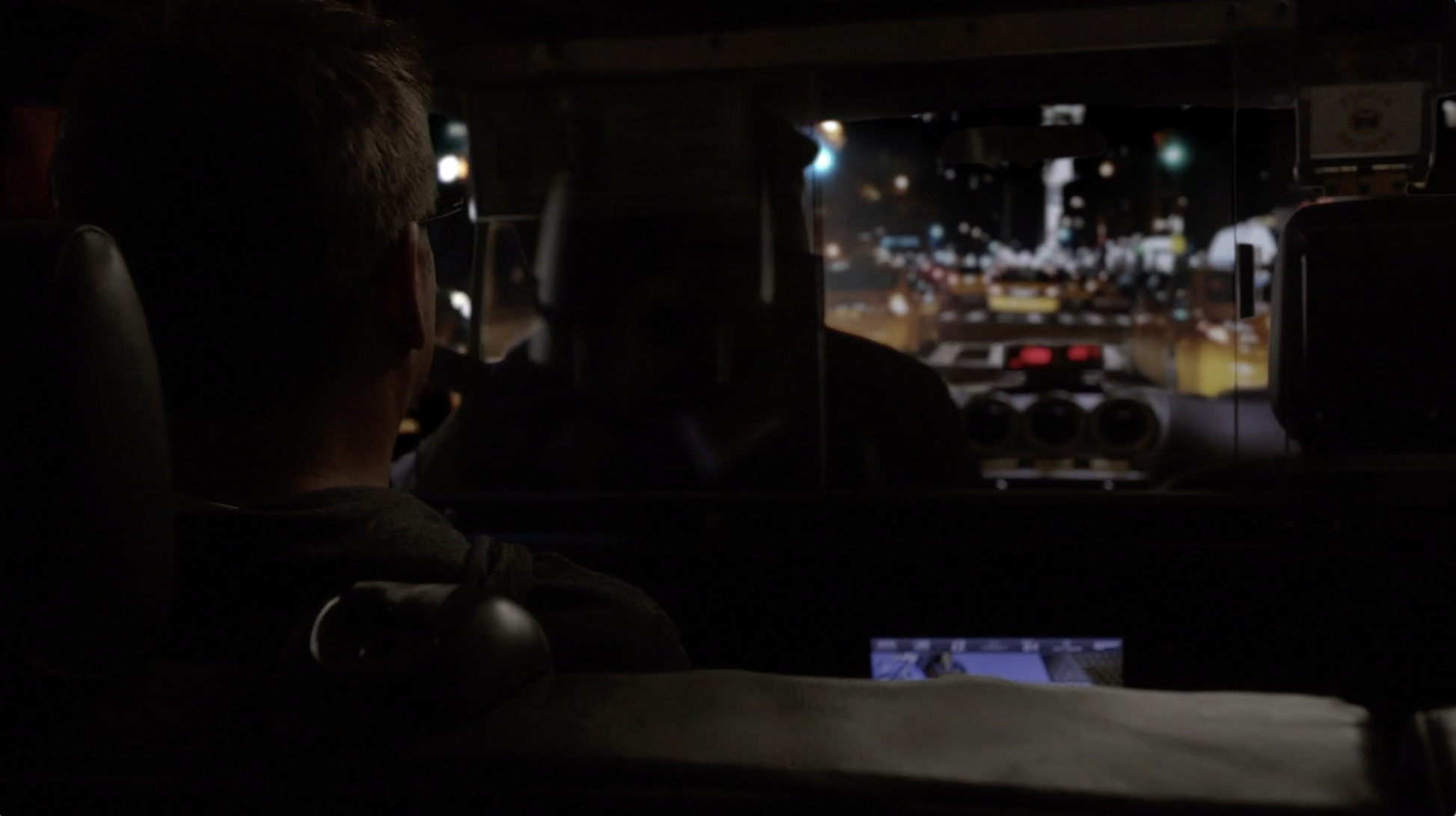 Bull Driving Footage New York City S03E01 5.png