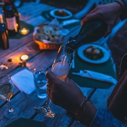 Dinner at candle light & chat -