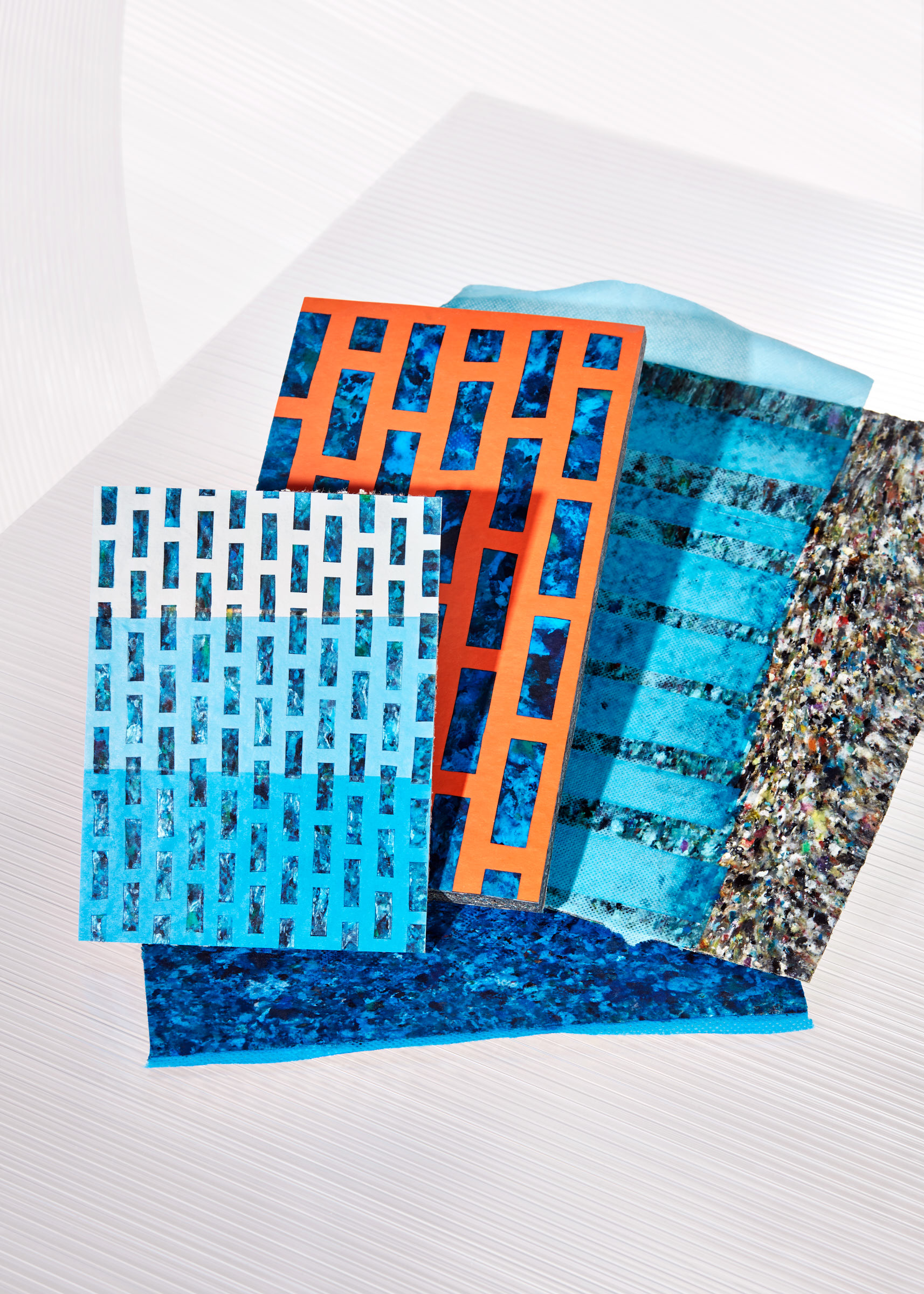 envisions-ECO-oh!-recycled plastics in process-photography-Ronald Smits-10.jpg
