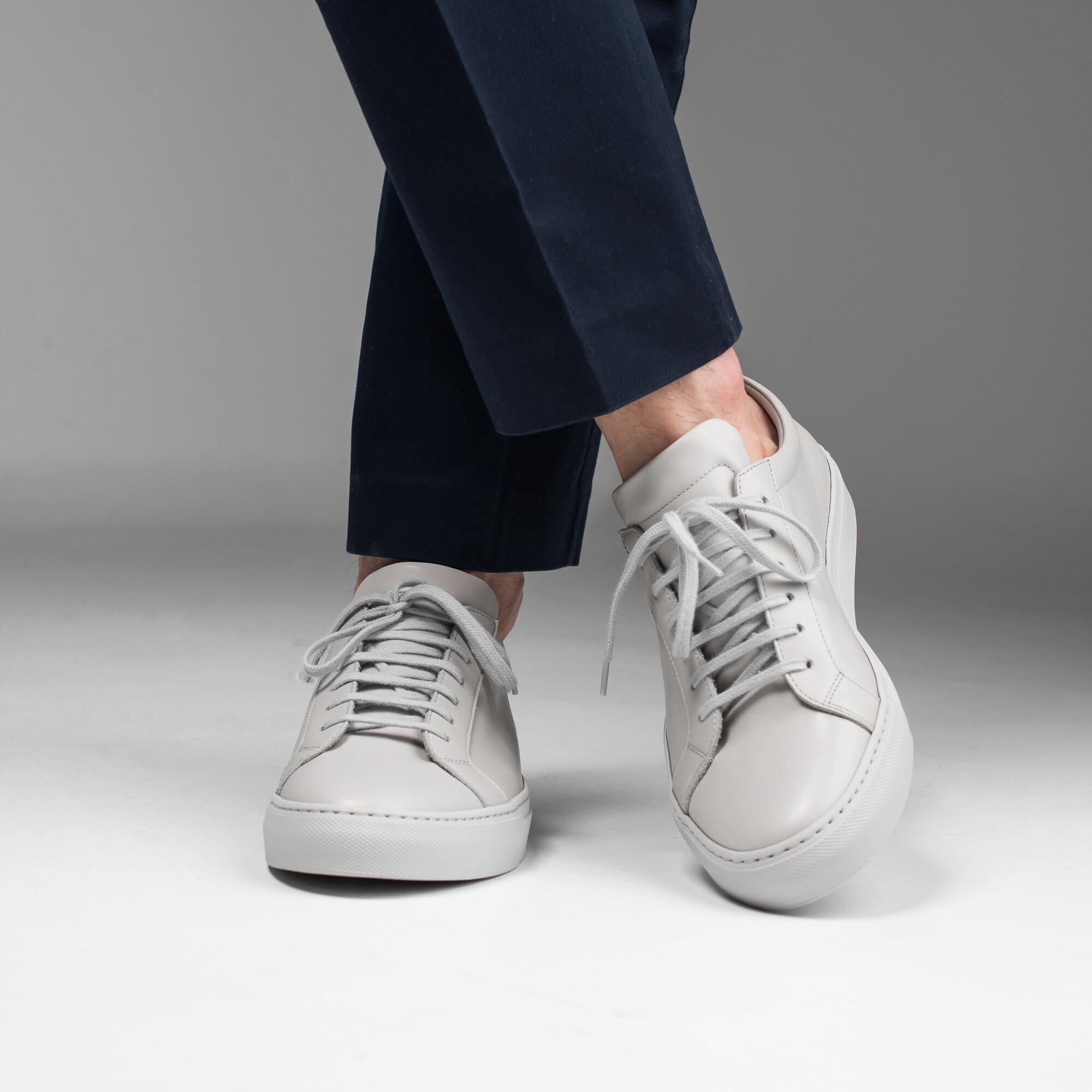 Essential Sneakers - Warm Grey