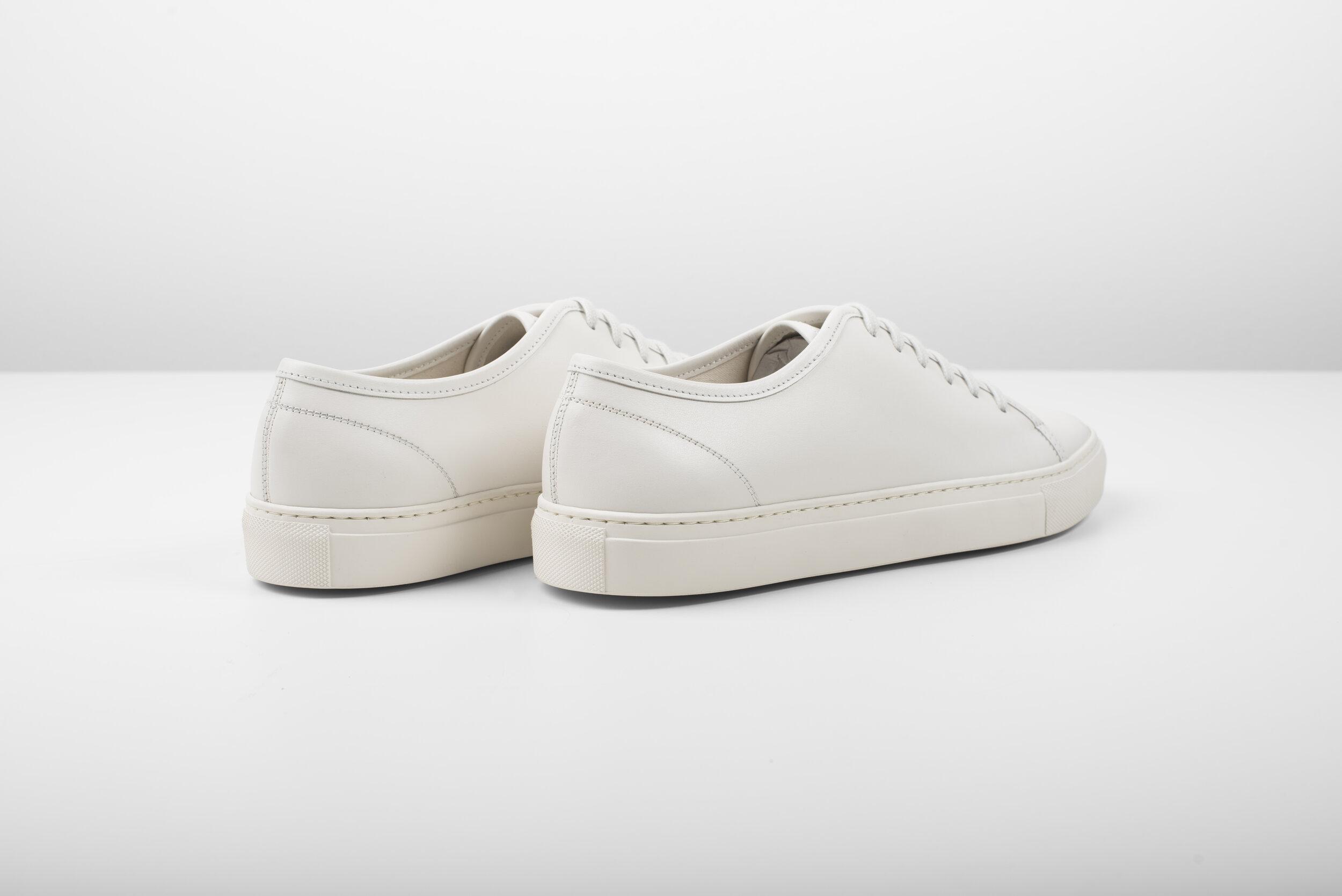 Minimal Sneakers - Off-White   Artisan Lab