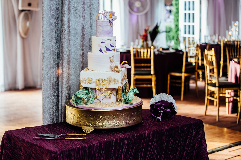 2018-07-07RichmondVAwedding-0538-2 side cake.jpg