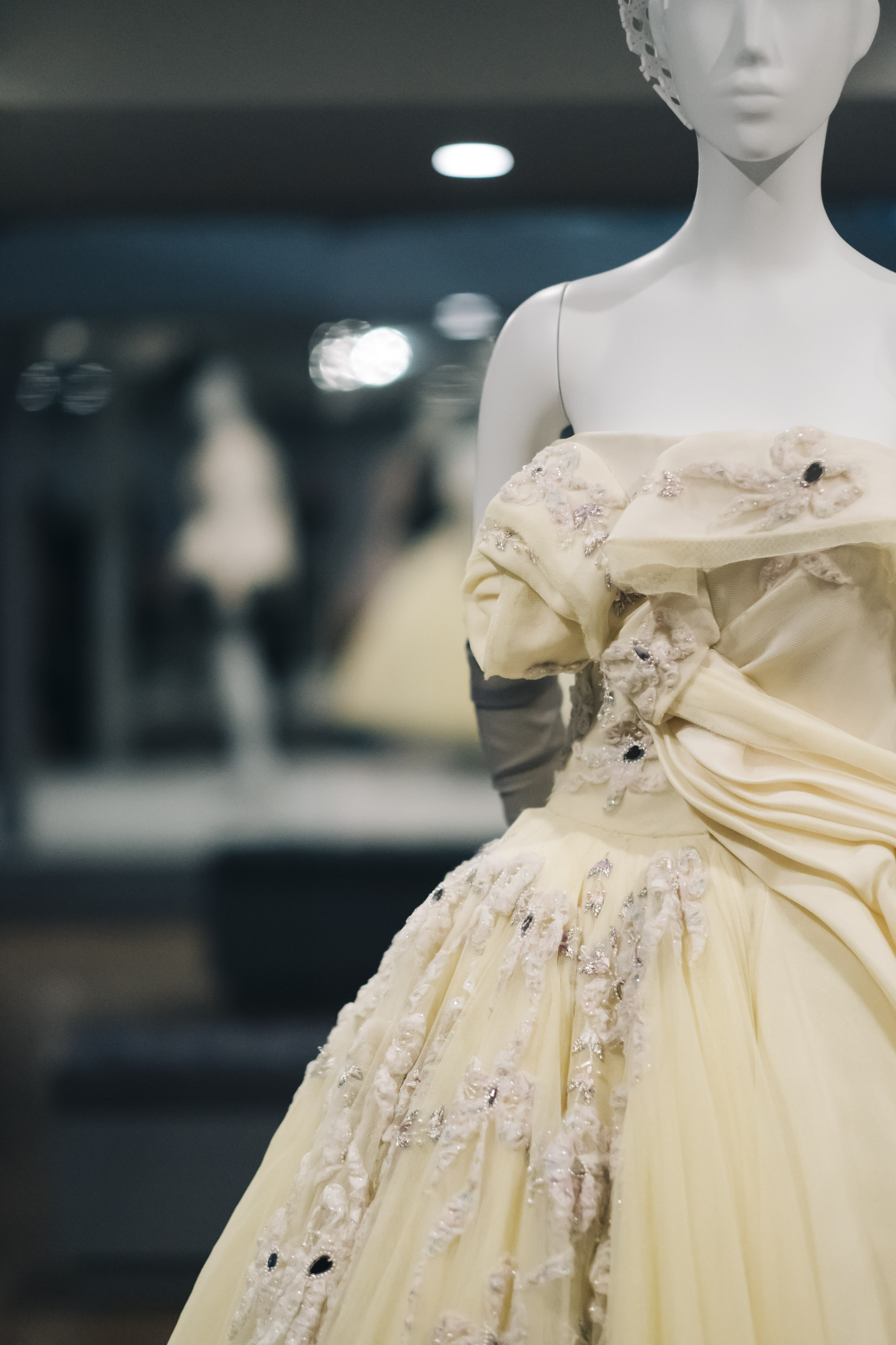 NGV-DIOR-70-YEARS-HAUTE-COUTURE-02.jpg