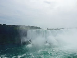 Bucket list item - see Niagara Falls