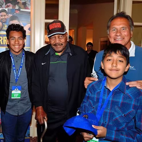 Young Warriors Alex and Brian with NFL legends Jim Brown and Jim Plunkett! #Browns #Raiders #FathelessNoMore