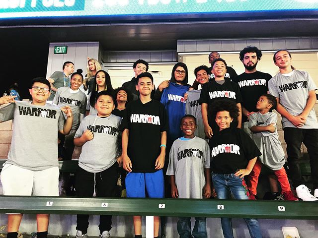@lynnfoundation_ sent some of our YW families to the @chargers game! SO MUCH FUN!! THANK YOU Mr. & Mrs. Coach Lynn!!! #FatherlessNoMore!!! #IAmAWarrior!!! #anthonylynn #chargers #boltup #YOUNGWARRIORS!!