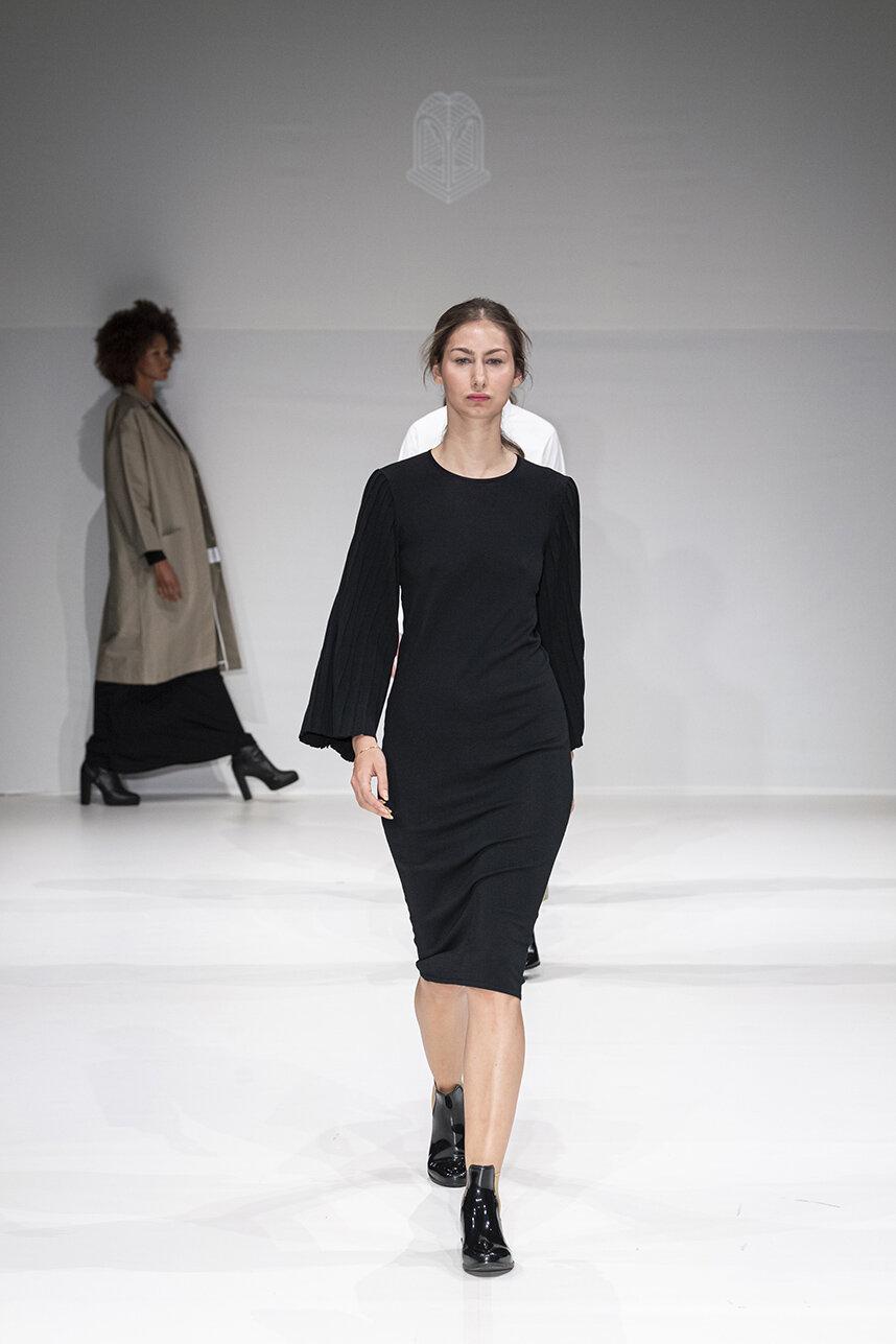 Oxford fashion studio RS20 0132.jpg