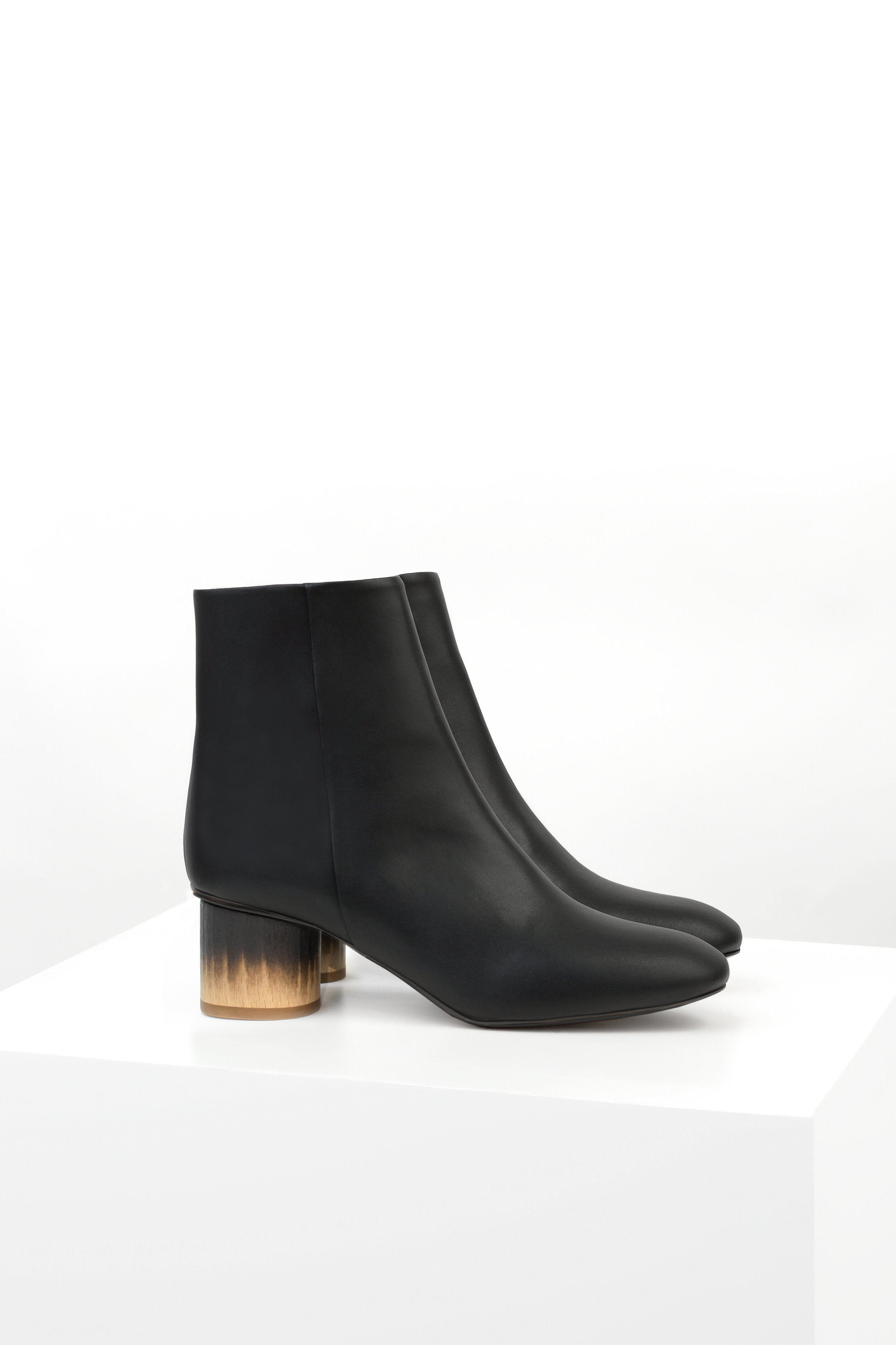 AW19 Low Ankle Boot Black Faux-Nappa Burned Heel copy.jpg