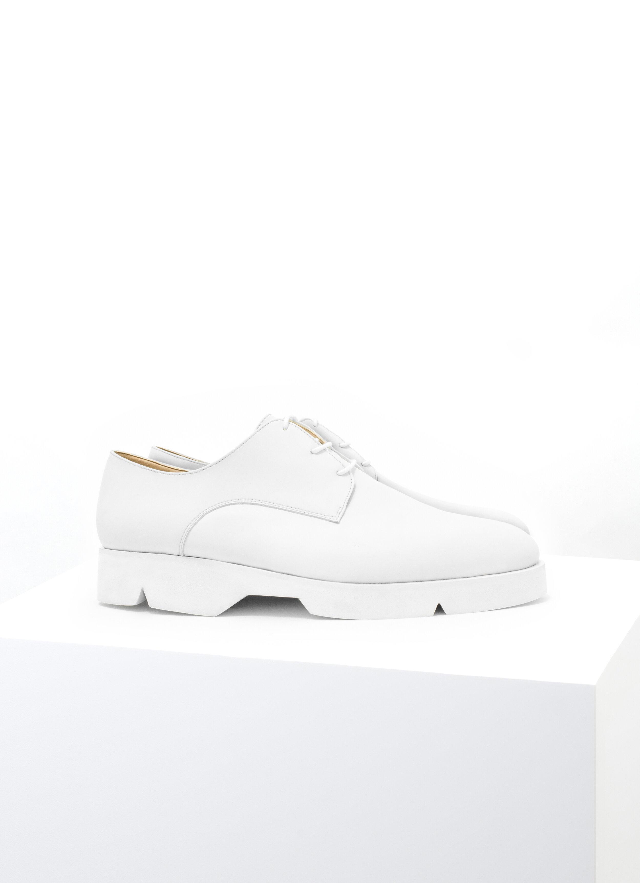 Derby White.jpg